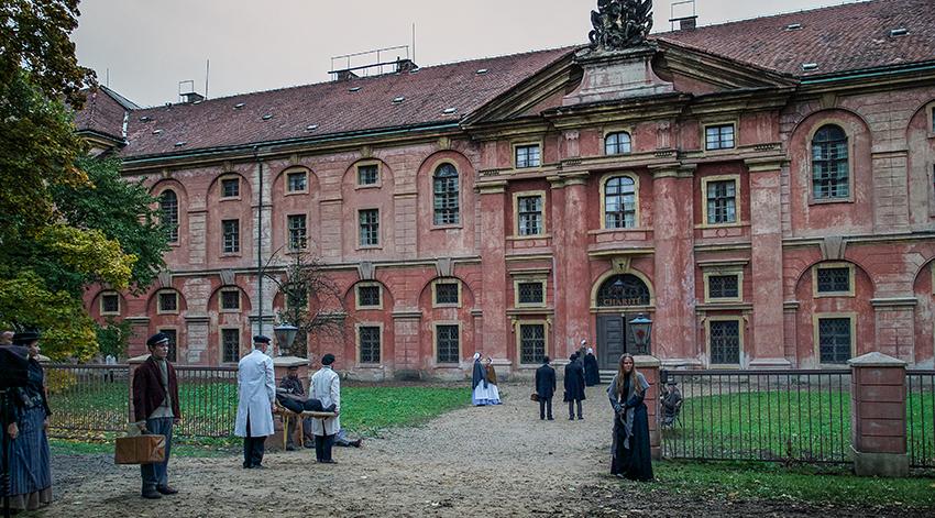 Gebäude der Charité im Jahr 1888 © ard/Nik Konietzny