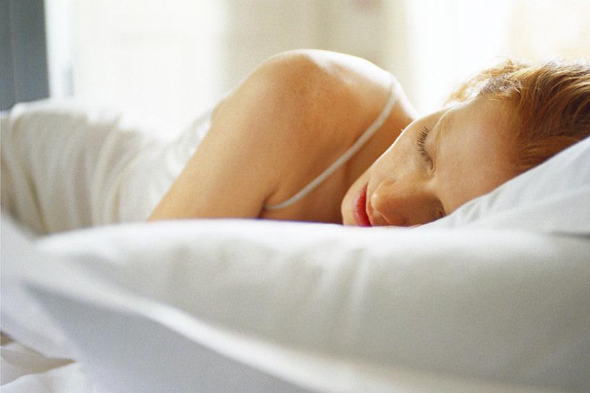 Warum Frauen mehr Schlaf brauchen als Männer