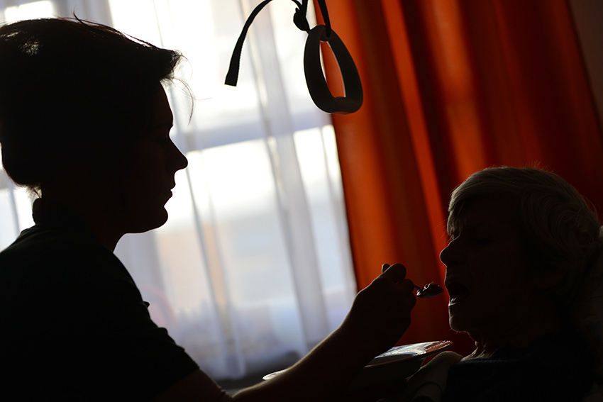 Pfleger dringend gesucht