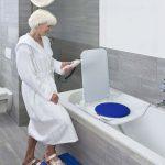 Badewannenlift auf Rezept vom Sanitätshaus